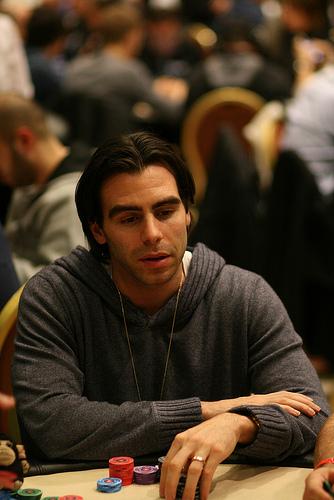 Dang ki poker